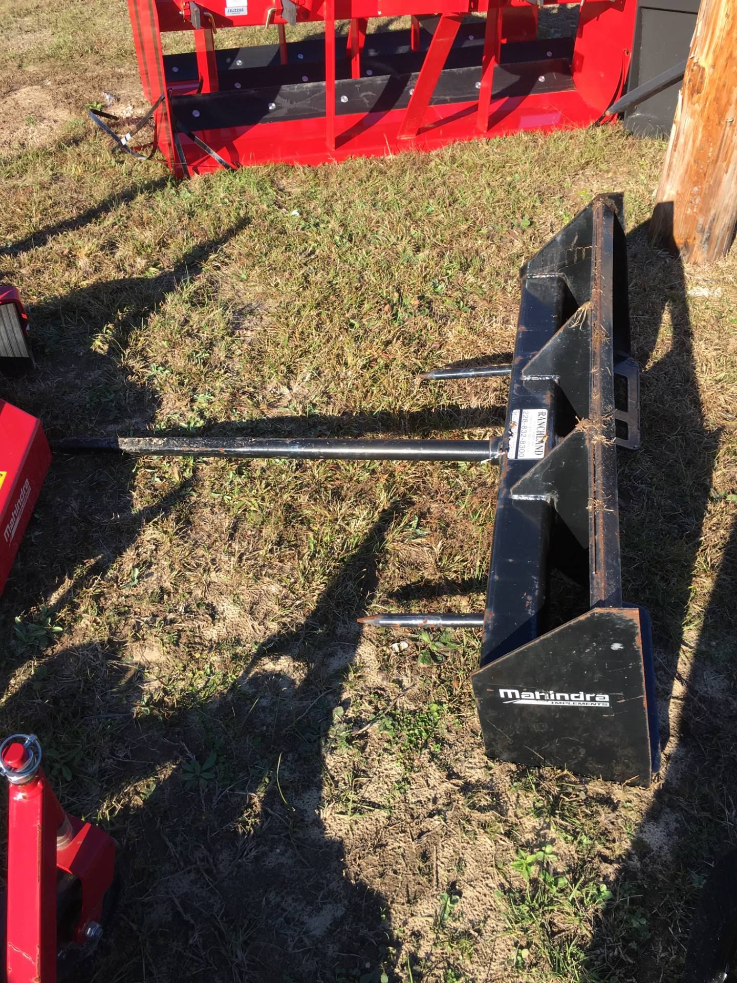2016 Mahindra Bale Spear, Skid Steer Attach in Saucier, Mississippi