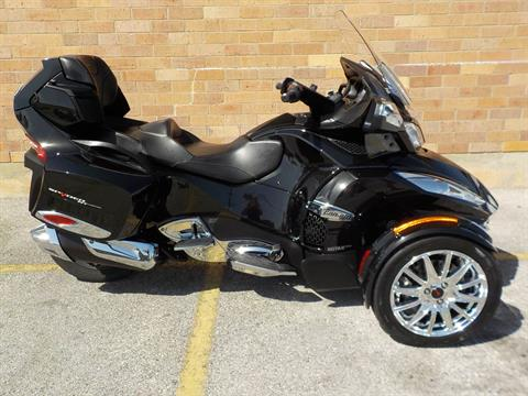 2015 Can-Am Spyder® RT Limited in San Antonio, Texas