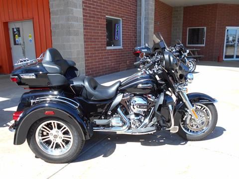 2014 Harley-Davidson Tri Glide® Ultra in Mauston, Wisconsin