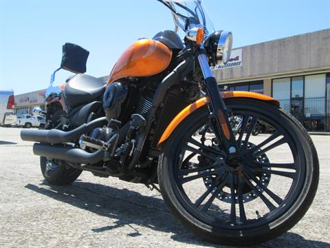 2012 Kawasaki Vulcan® 900 Custom in Houston, Texas