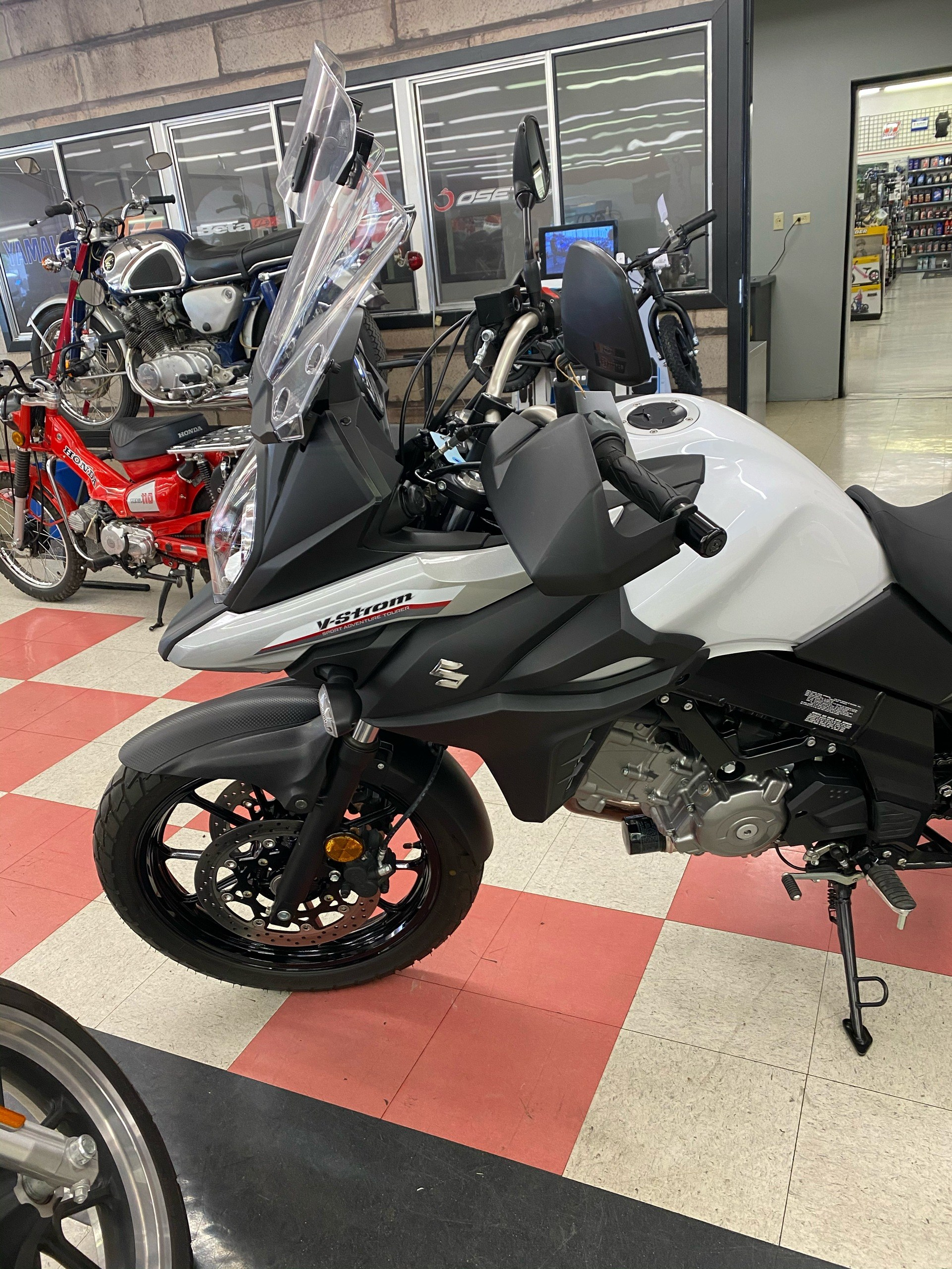 2017 Suzuki V-Strom 650 in Colorado Springs, Colorado - Photo 2