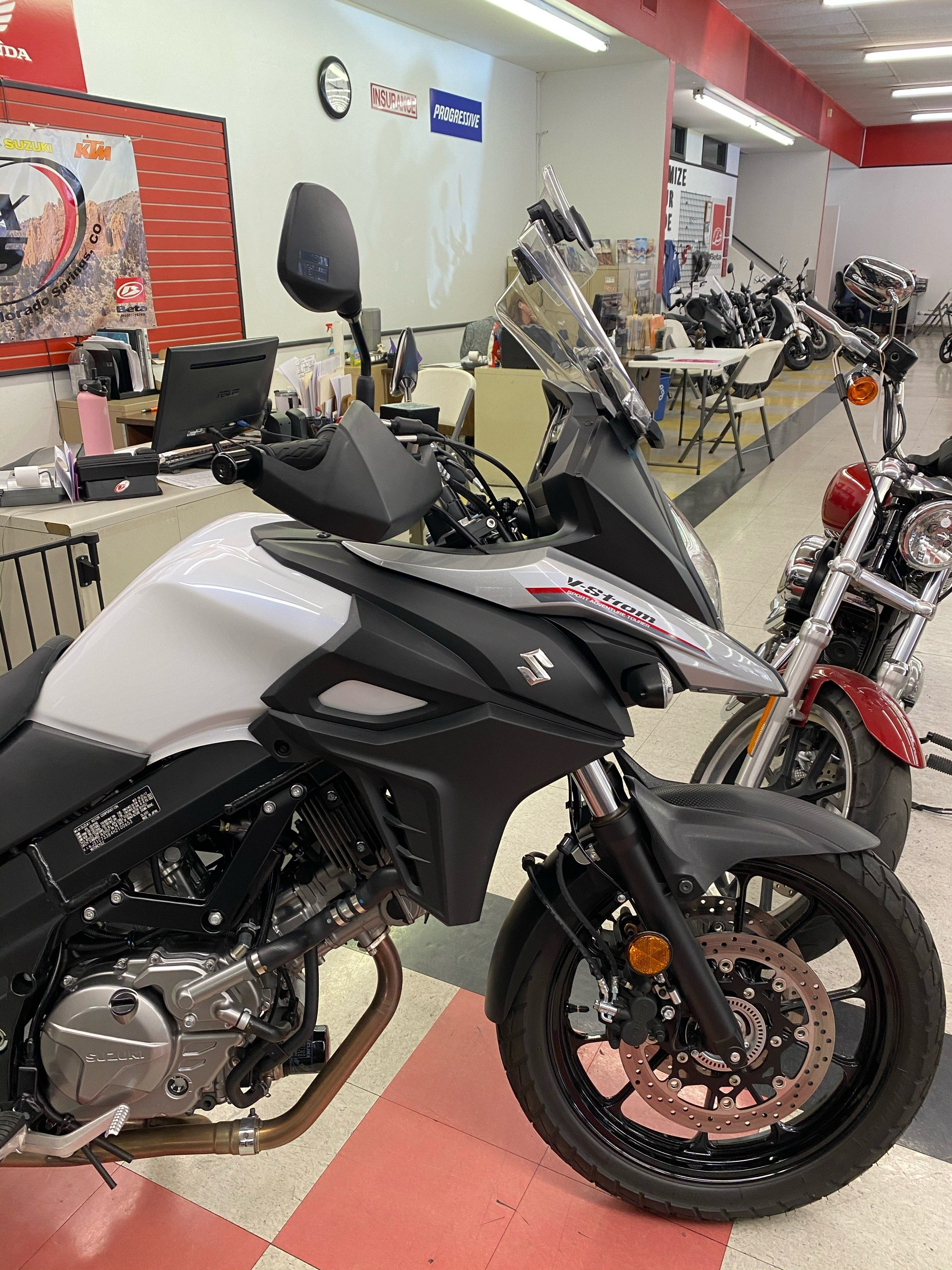 2017 Suzuki V-Strom 650 in Colorado Springs, Colorado - Photo 6