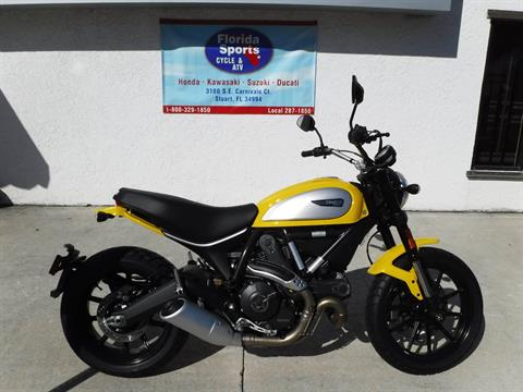 2016 Ducati Scrambler Icon in Stuart, Florida