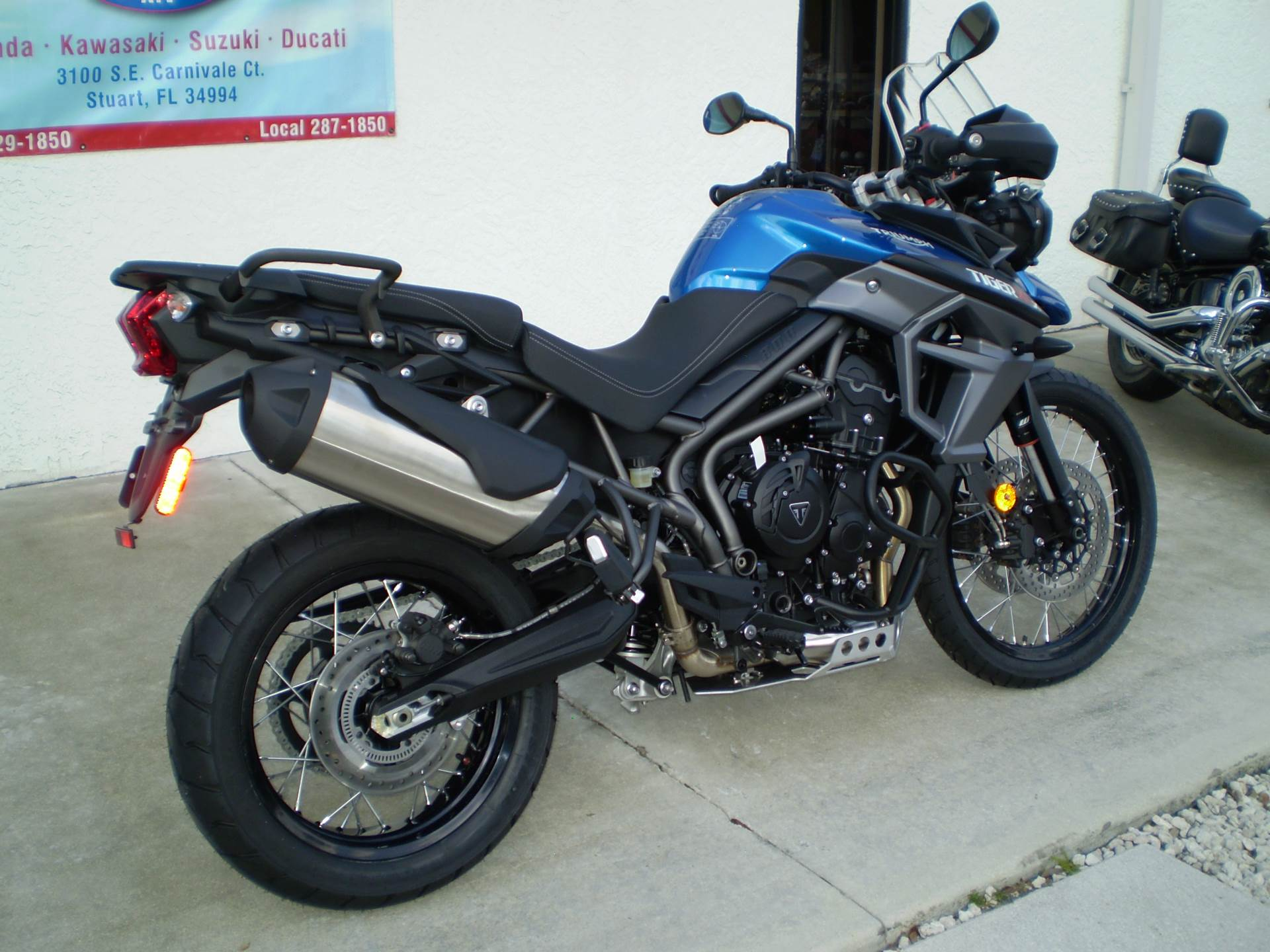 2016 Triumph Tiger 800 XCX in Stuart, Florida
