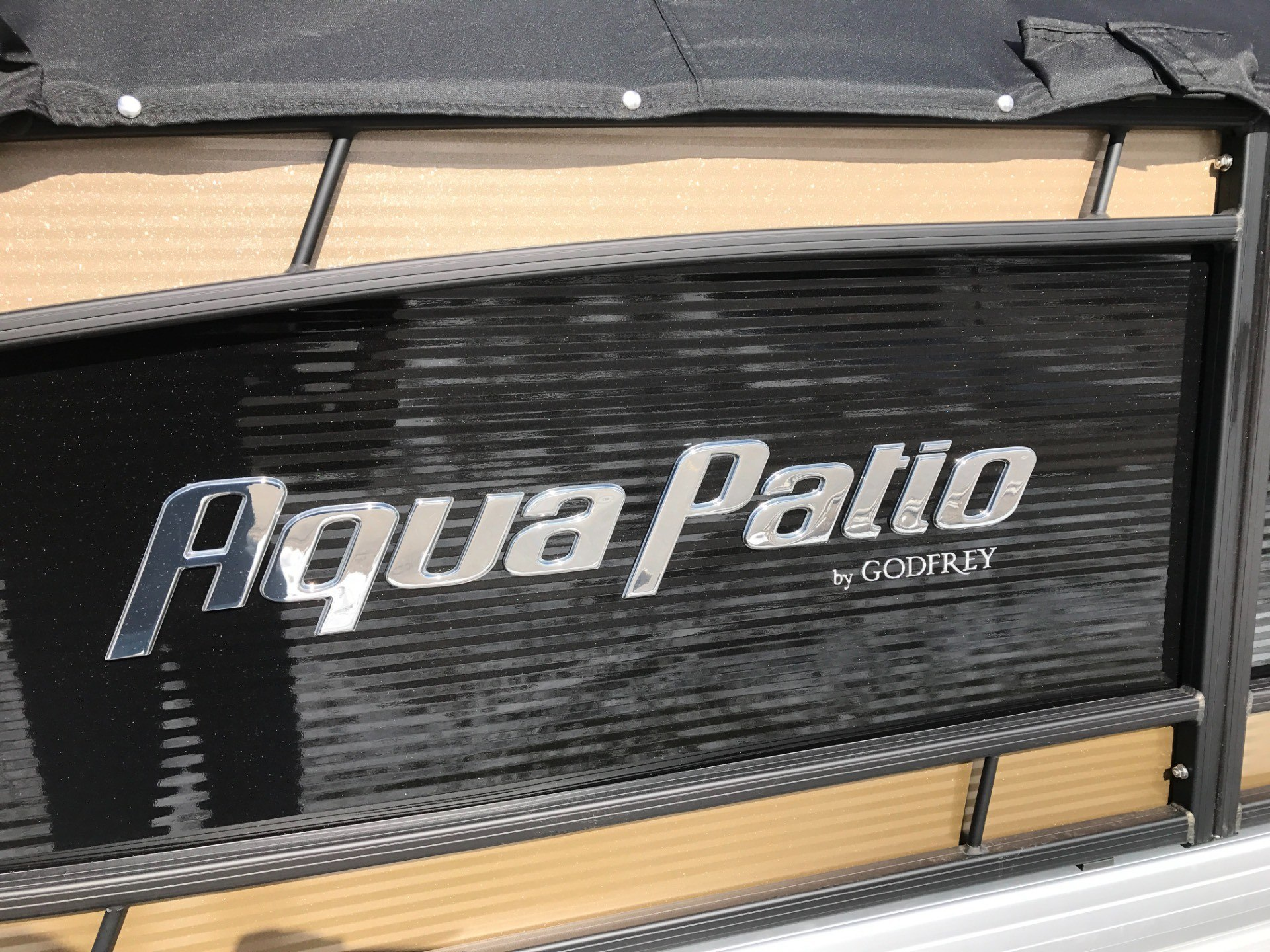 2017 Aqua Patio AP235SB in Coloma, Michigan