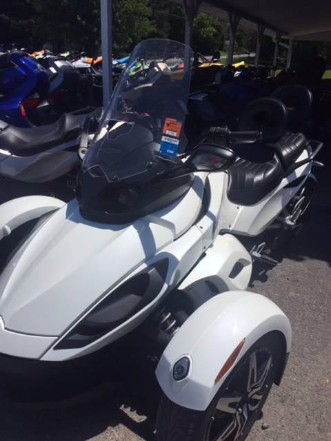 2010 Can-Am Spyder® RS-S SE5 in Phoenix, New York