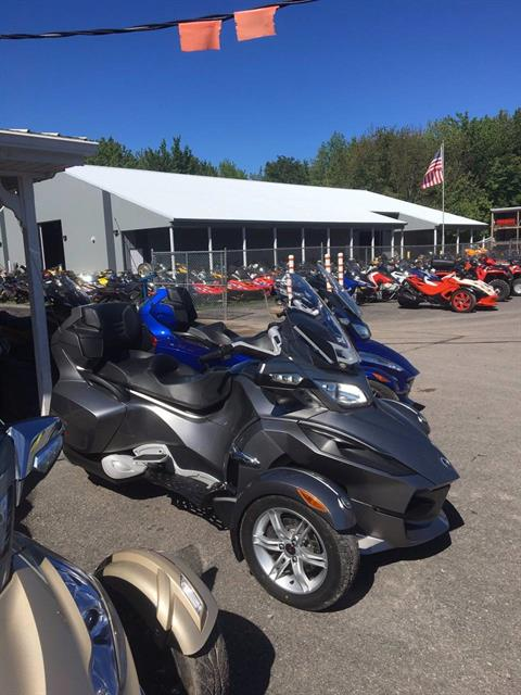 2012 Can-Am Spyder® RT Audio & Convenience SE5 in Phoenix, New York