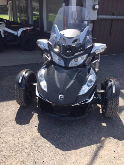 2014 Can-Am Spyder® RT SE6 in Phoenix, New York