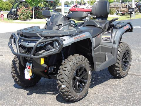 2017 Can-Am Outlander MAX XT 850 in Goldsboro, North Carolina