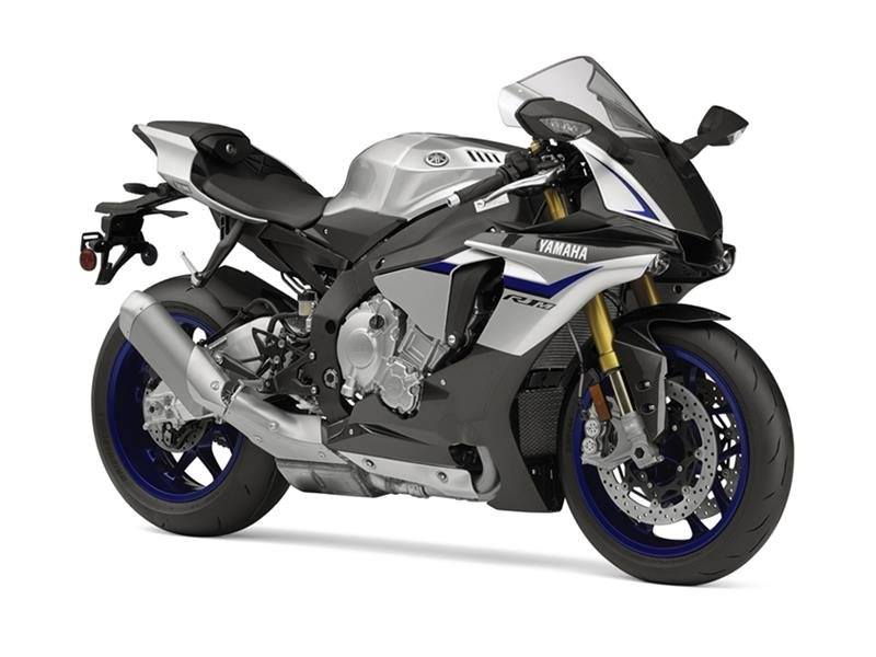 2016 Yamaha YZF-R1M in Long Island City, New York