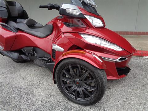 2015 Can-Am Spyder® RT-S SE6 in Tulsa, Oklahoma