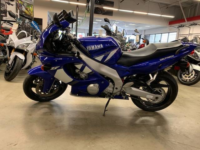 2000 Yamaha YZF600R in Fremont, California - Photo 2
