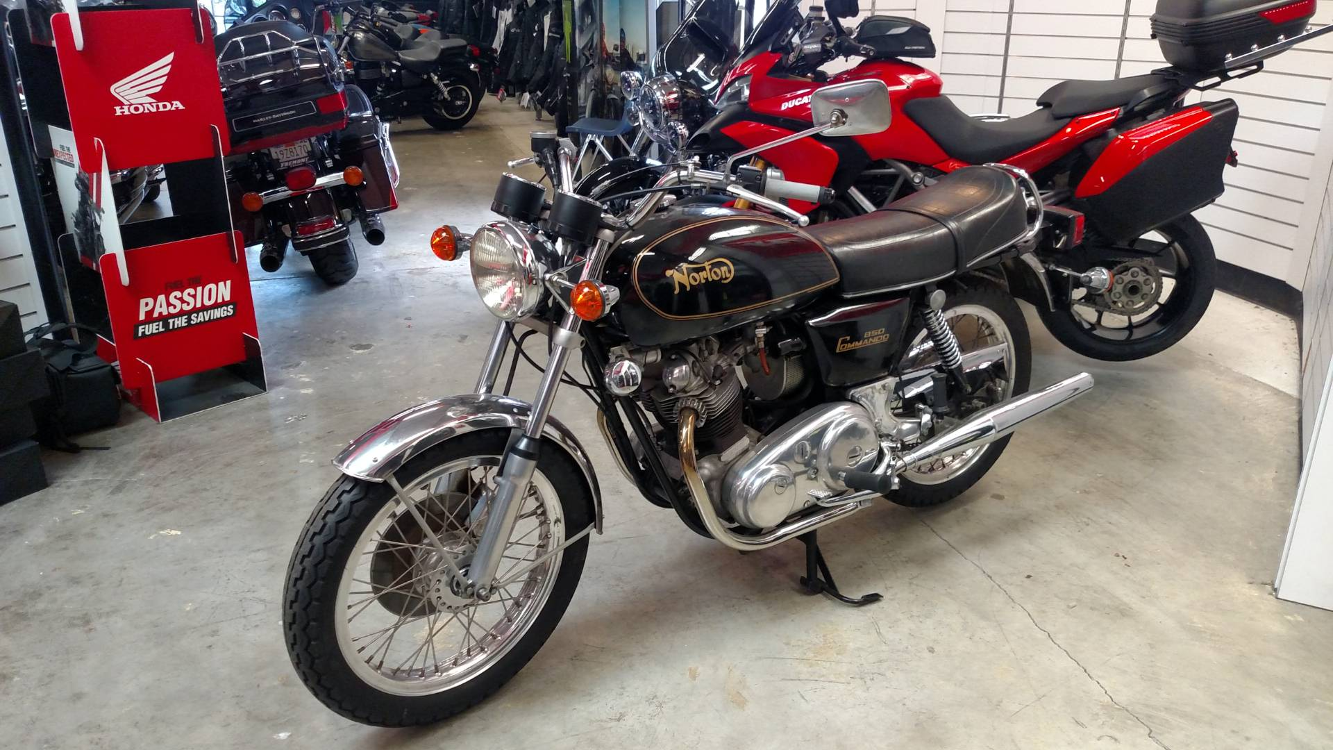 1974 Norton Motorcycles Commando 850 Interstate in Fremont, California - Photo 1