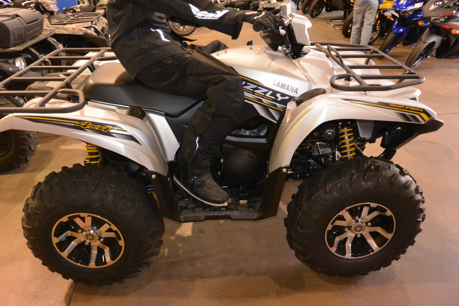 2017 Yamaha Grizzly 700 in Denver, Colorado