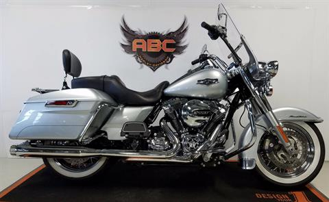 2014 Harley-Davidson Road King® in Waterford, Michigan