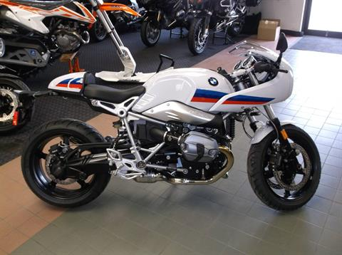 2017 BMW R nineT Racer in Sioux City, Iowa