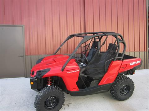 2017 Can-Am Commander 800R in Tyrone, Pennsylvania