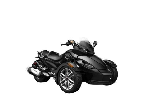 2016 Can-Am Spyder RS SM5 in Baldwin, Michigan