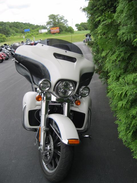 2014 Harley-Davidson Electra Glide® Ultra Classic® in Black River Falls, Wisconsin