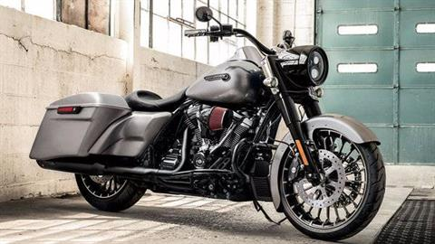 2017 Harley-Davidson Road King® Special in Rochester, Minnesota