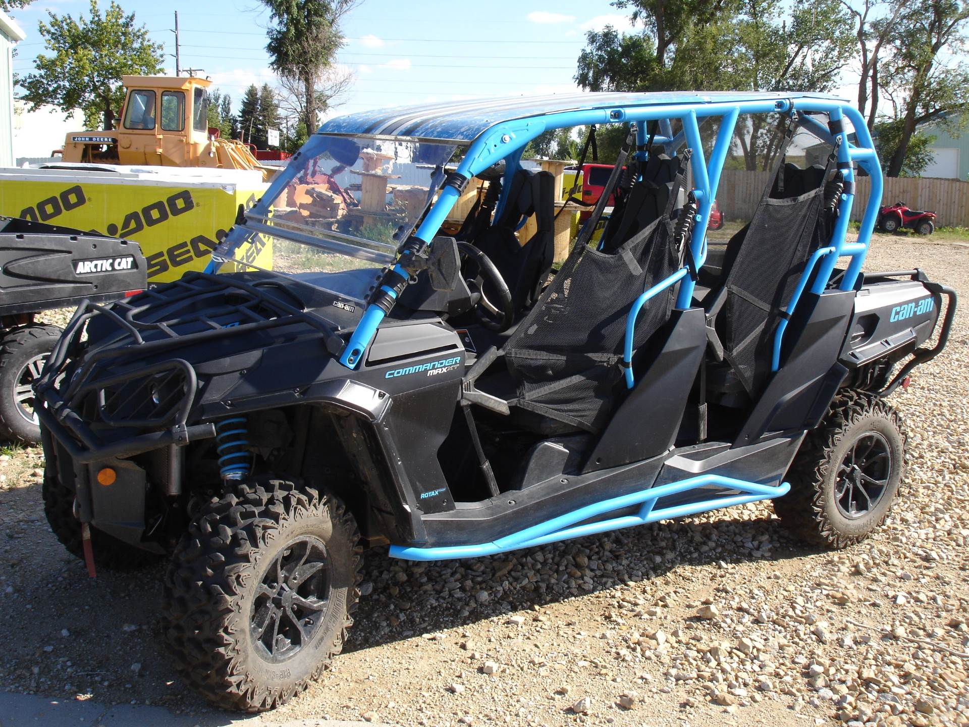 2016 Can-Am Commander MAX XT 1000 in Dickinson, North Dakota