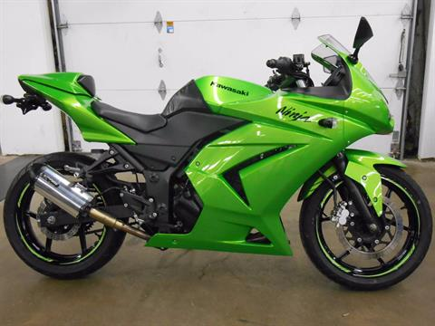 2012 Kawasaki Ninja in Dubuque, Iowa