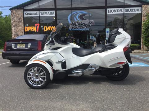 2016 Can-Am Spyder RT Limited in Middletown, New Jersey