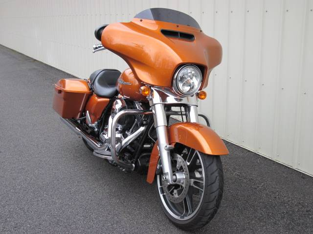 2016 Harley-Davidson Street Glide® in Guilderland, New York