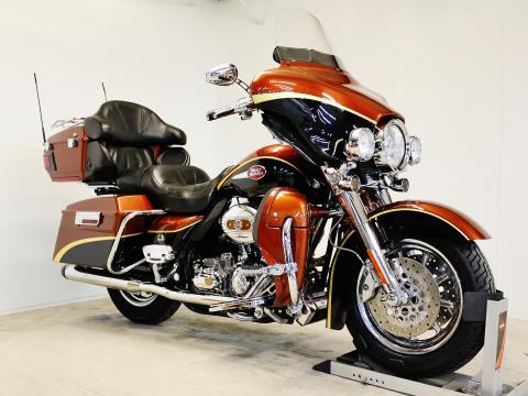 2008 Harley-Davidson CVO™ Screamin' Eagle® Ultra Classic® Electra Glide® in Pittsfield, Massachusetts