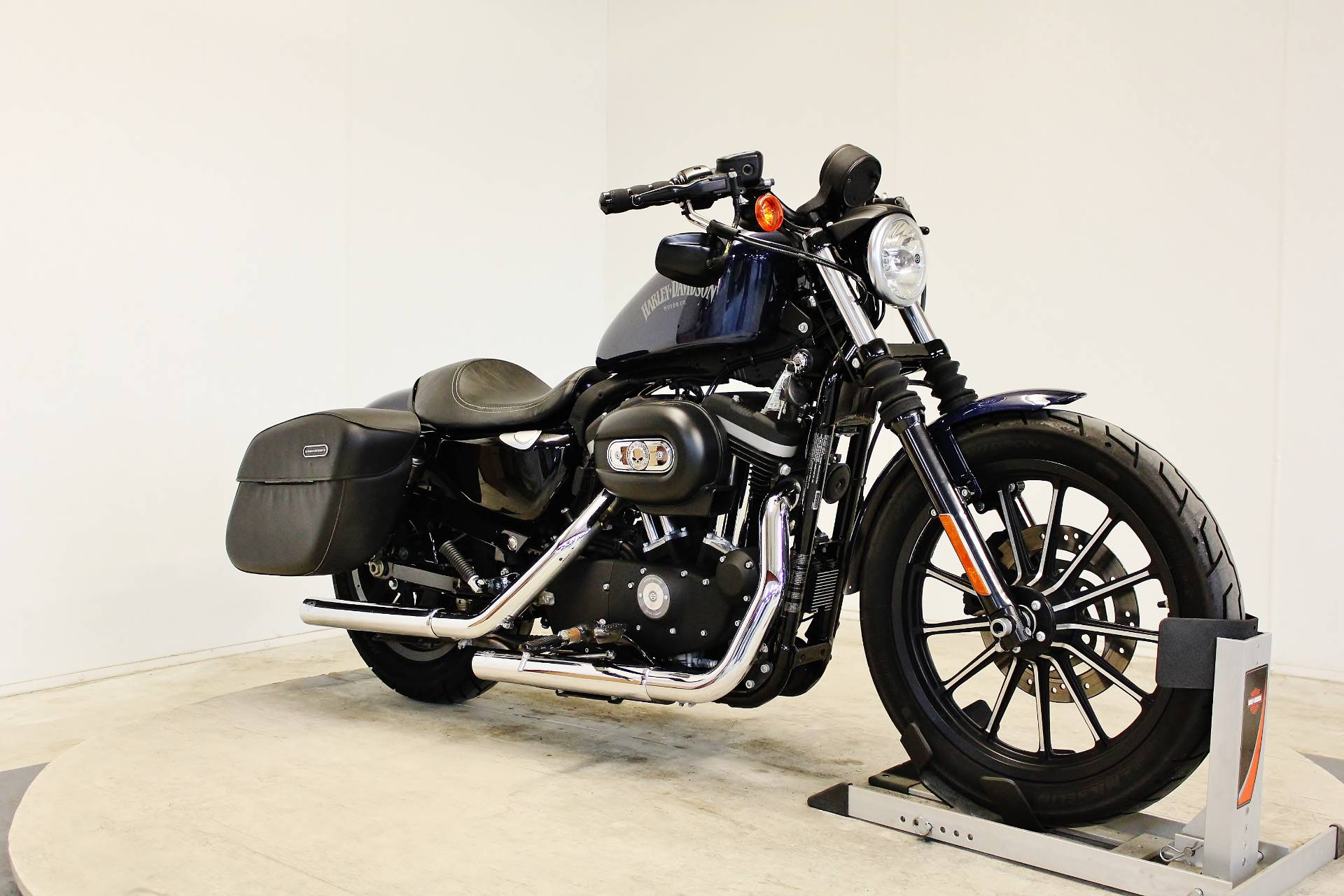 2012 Harley-Davidson Sportster® Iron 883™ in Pittsfield, Massachusetts