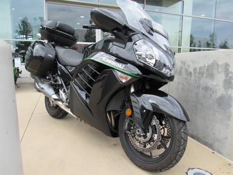 2016 Kawasaki Concours 14 ABS in Irvine, California
