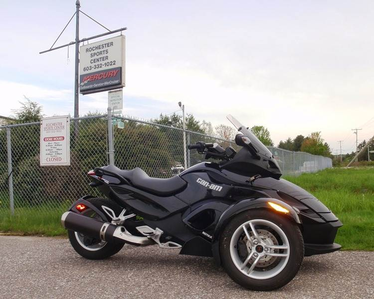 2012 Can-Am Spyder® RS-S SM5 in Barrington, New Hampshire