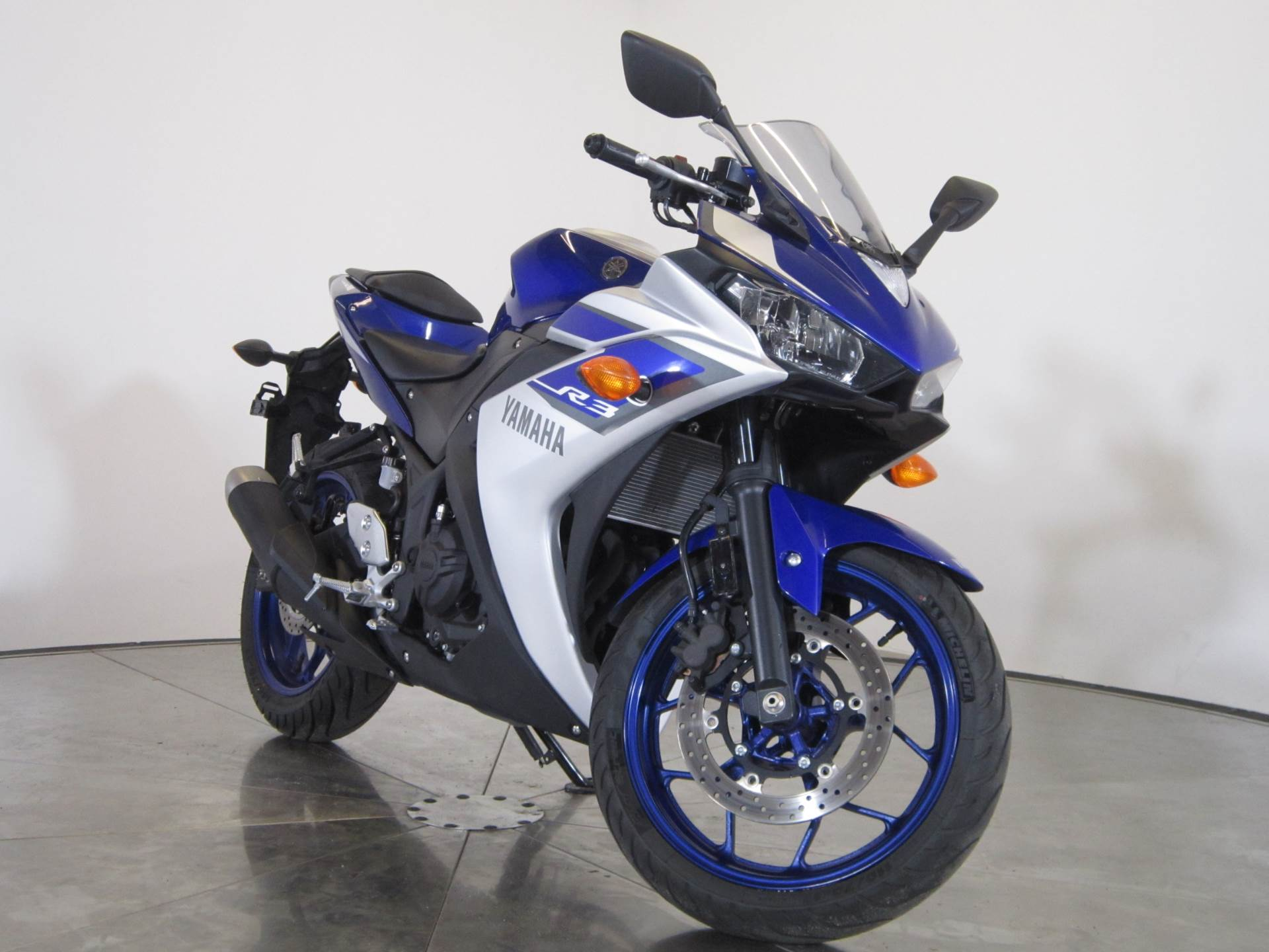 2015 Yamaha YZF-R3 in Greenwood Village, Colorado