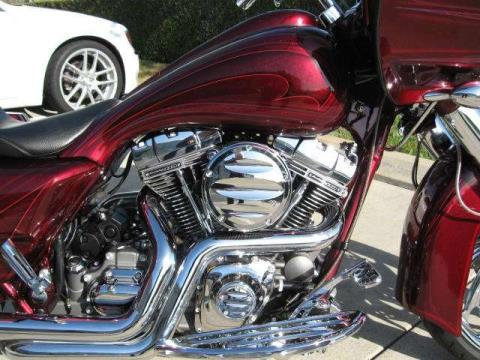 2009 Harley-Davidson CVO™ Road Glide® in Dublin, California