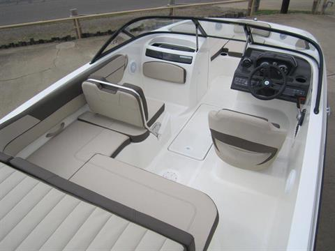 2017 Bayliner VR5 Bowrider in Fort Smith, Arkansas