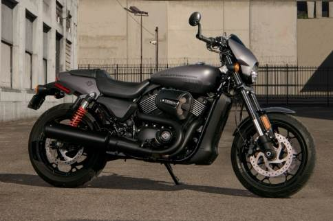 2017 Harley-Davidson Street Rod 750 in Greensburg, Pennsylvania