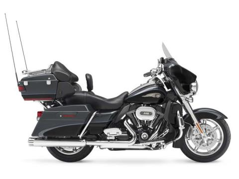 2013 Harley-Davidson CVO™ Ultra Classic® Electra Glide® 110th Anniversary Edition in Greensburg, Pennsylvania