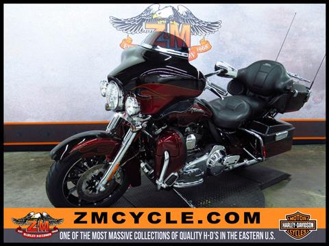 2011 Harley-Davidson CVO™ Ultra Classic® Electra Glide® in Greensburg, Pennsylvania
