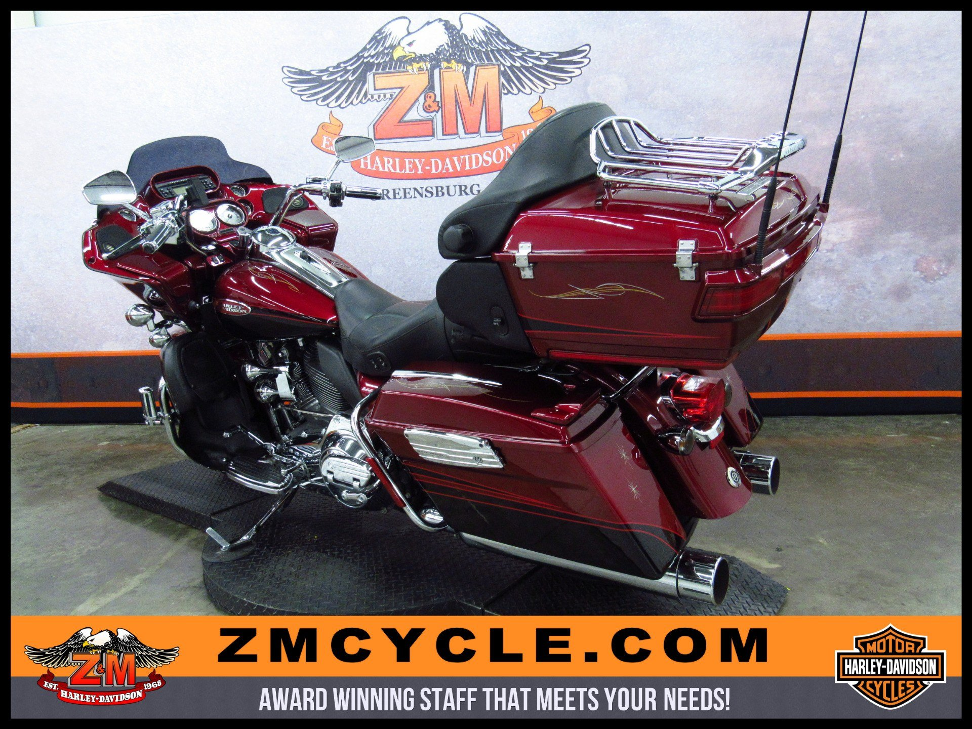 2011 Harley-Davidson CVO™ Road Glide® Ultra in Greensburg, Pennsylvania