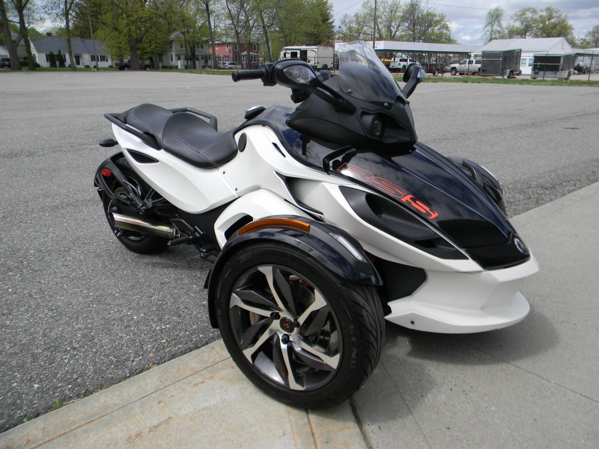 2014 Can-Am Spyder® RS-S SM5 in Springfield, Massachusetts