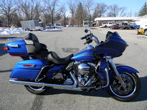 2016 Harley-Davidson Road Glide® Ultra in Springfield, Massachusetts