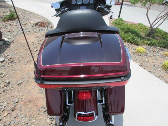 2015 Harley-Davidson Electra Glide® Ultra Classic® Low in Scottsdale, Arizona