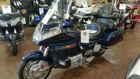 2000 Honda Gold Wing SE in Highland, California