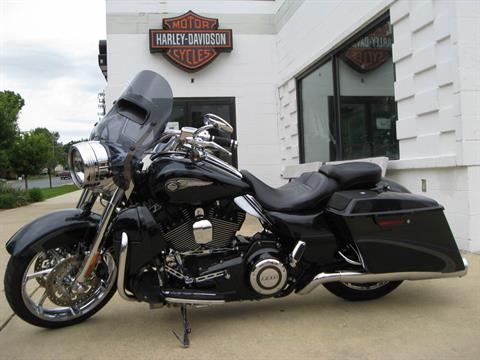 2013 Harley-Davidson CVO™ Road King® 110th Anniversary Edition in Gaithersburg, Maryland