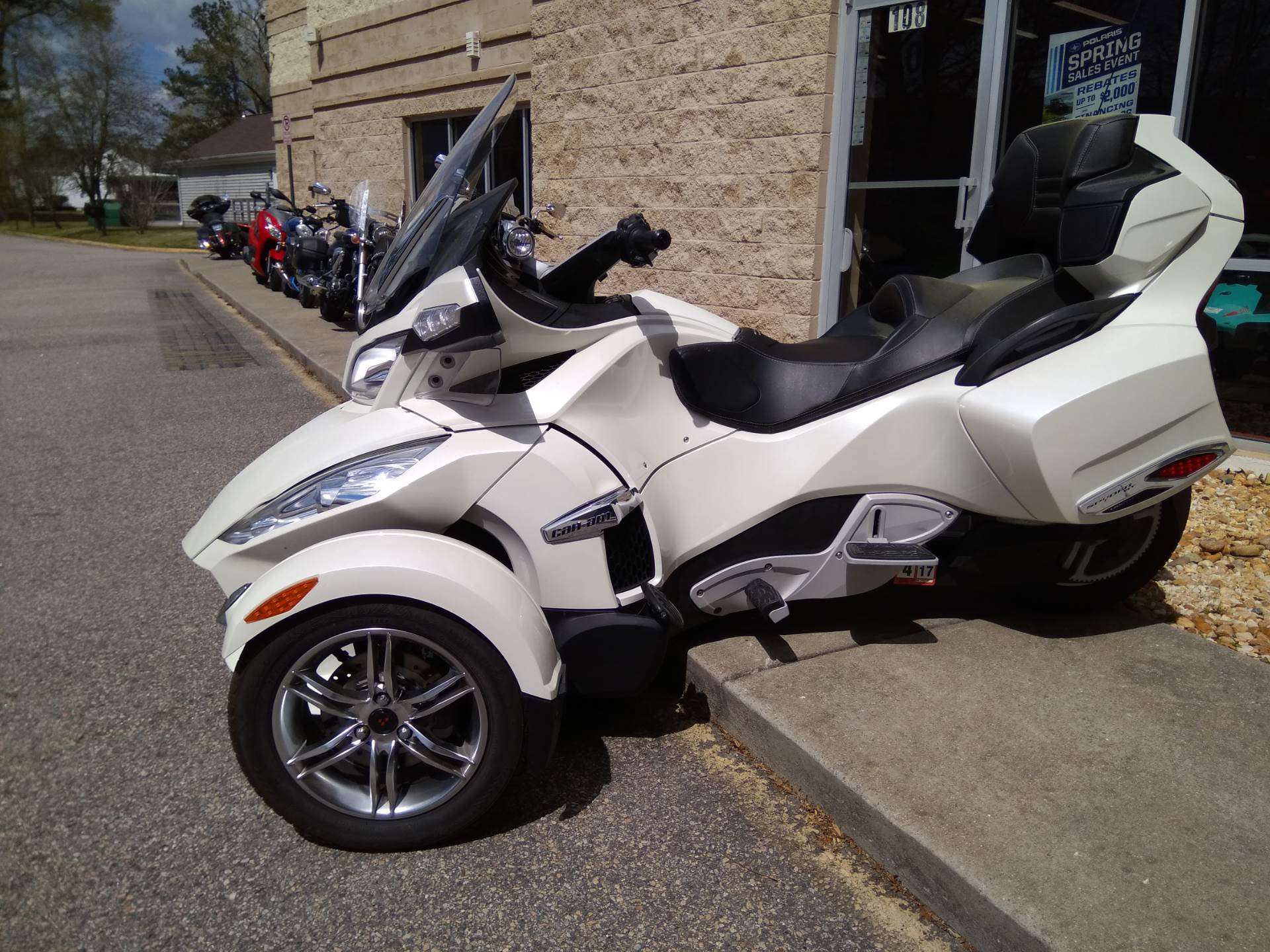 2011 Can-Am Spyder® RT Limited in Chesapeake, Virginia