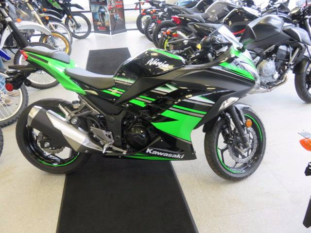 2016 Kawasaki Ninja 300 in Virginia Beach, Virginia