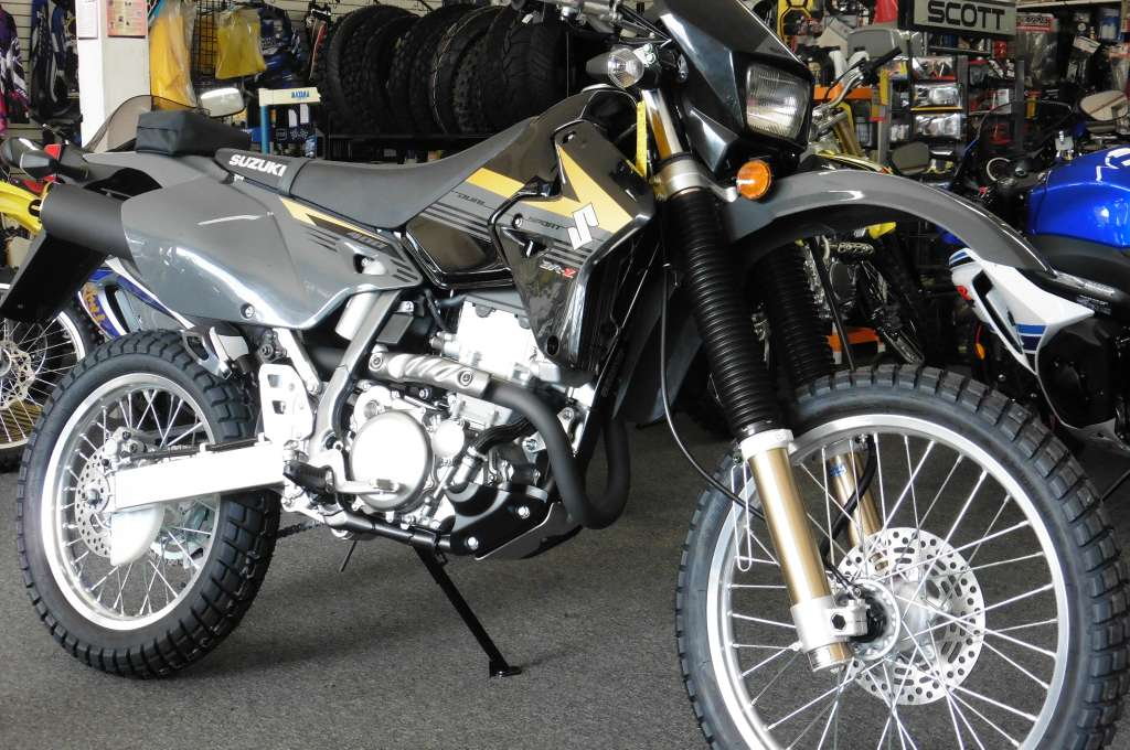 2016 Suzuki DR-Z400S in Van Nuys, California