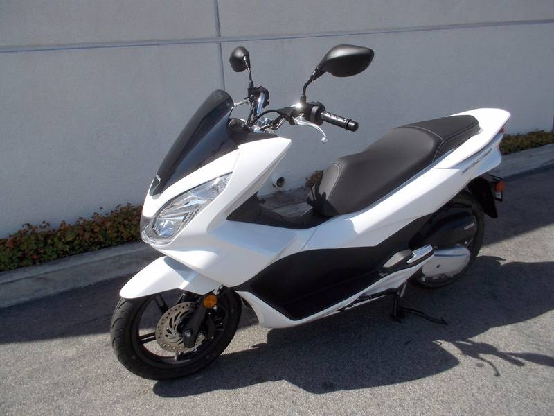 2017 Honda PCX150 in Huntington Beach, California
