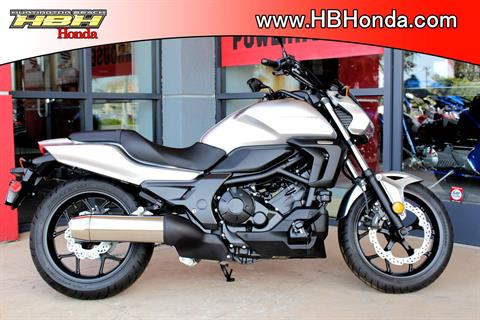 2016 Honda CTX700N in Huntington Beach, California