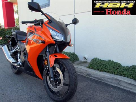 2016 Honda CBR300R ABS in Huntington Beach, California